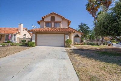 Murrieta Single Family Home For Sale: 24050 Manresa Court