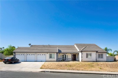 Moreno Valley Single Family Home Active Under Contract: 24699 Moonshadow Drive