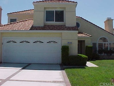 Menifee Single Family Home For Sale: 30083 Calle Belcanto