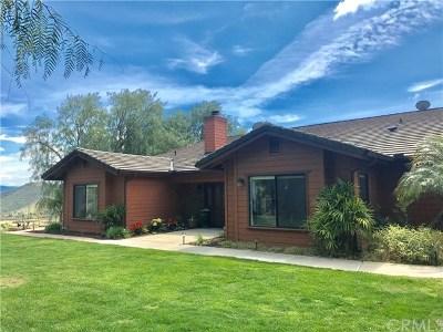Fallbrook Single Family Home For Sale: 10426 Rainbrook Drive