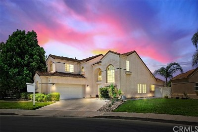 Temecula Single Family Home For Sale: 45023 Putting Green Court