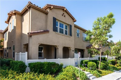 Chula Vista Condo/Townhouse For Sale: 1518 El Prado Street #3