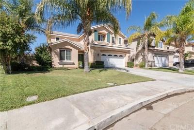 Moreno Valley Single Family Home For Sale: 25926 Avenida Classica