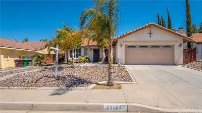 Wildomar Single Family Home For Sale: 22124 Blondon Court