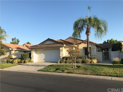 Murrieta Single Family Home For Sale: 24181 Corte Cordoba