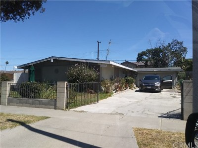 Santa Ana Single Family Home For Sale: 2341 S Lowell Street