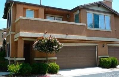 Murrieta Condo/Townhouse For Sale: 26128 Oakcreek Union Drive #C