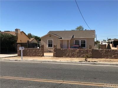 Hemet Single Family Home For Sale: 337 N Palm Avenue