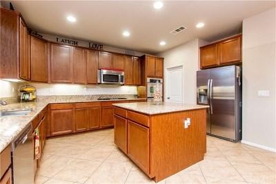 Menifee Single Family Home For Sale: 29356 Harlequin Court