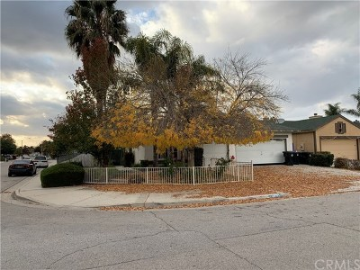 Hemet Single Family Home For Sale: 1499 Morgan Hill Road