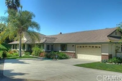 Temecula Single Family Home For Sale: 25355 Via Oeste