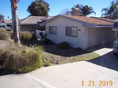 Canyon Lake Single Family Home For Sale: 23609 Canyon Lake Drive N