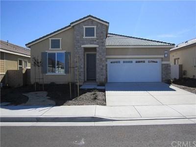 Menifee Single Family Home For Sale: 26609 Verdant Circle