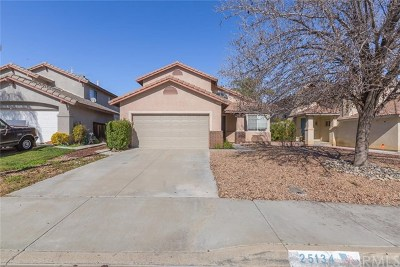 Murrieta Single Family Home For Sale: 25134 Calle Entradero