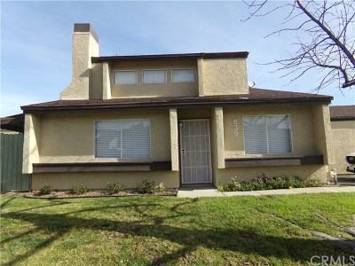 Lake Elsinore Condo/Townhouse For Sale: 639 Parkview Drive
