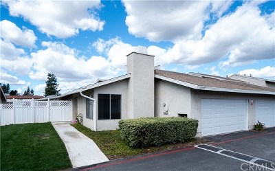 Temecula Condo/Townhouse For Sale: 44557 La Paz Road #F