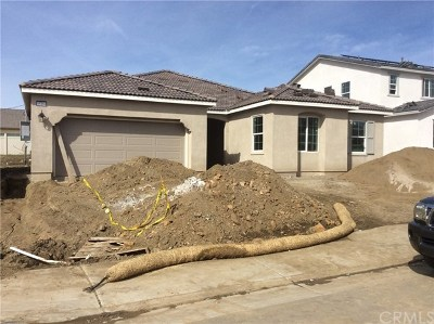 Murrieta Single Family Home For Sale: 35169 Ladybug Lane