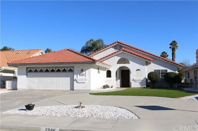 Hemet Single Family Home For Sale: 2886 Maple Drive