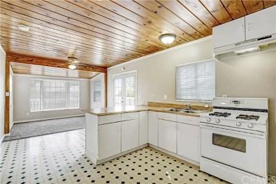 Lake Elsinore Single Family Home For Sale: 18186 Ballard Avenue