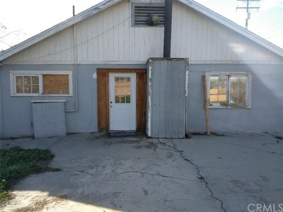 Hemet Single Family Home For Sale: 42707 Acacia Avenue