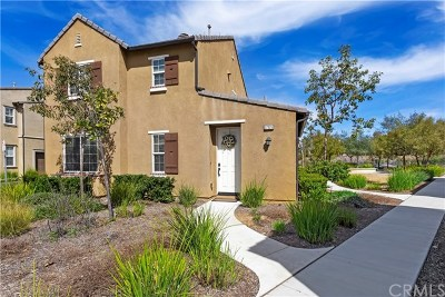 Murrieta Condo/Townhouse For Sale: 37326 Paseo Tulipa