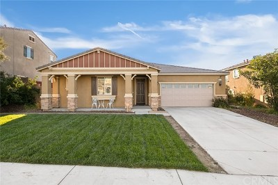 Menifee Single Family Home For Sale: 30771 Carriage Hill Drive