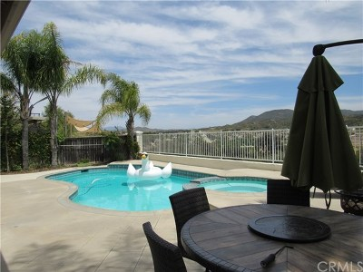 Temecula Single Family Home For Sale: 33381 Morning View Drive