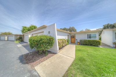Oceanside Single Family Home For Sale: 3902 Vista Campana N #38