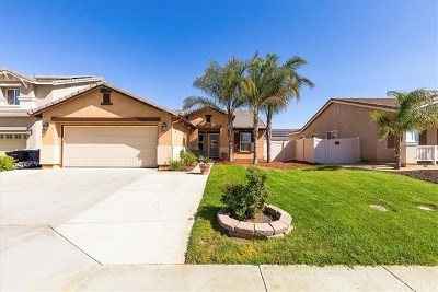 Perris Single Family Home Active Under Contract: 1078 Kestrel Gate