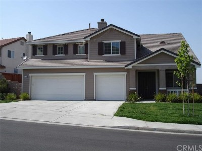 Perris Single Family Home For Sale: 170 Alabaster Loop