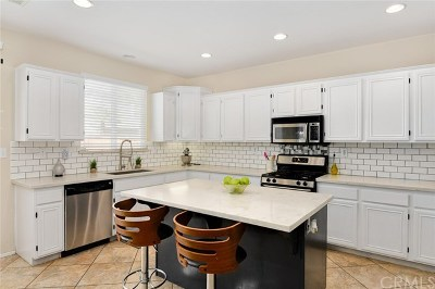 Menifee Single Family Home For Sale: 29036 Springshores Drive