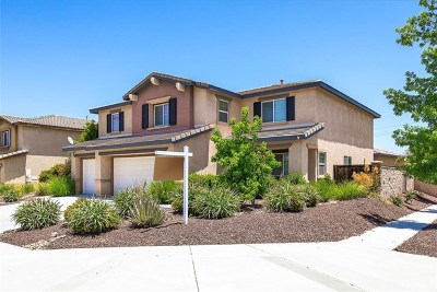 Murrieta Single Family Home For Sale: 33962 Nightingale Avenue