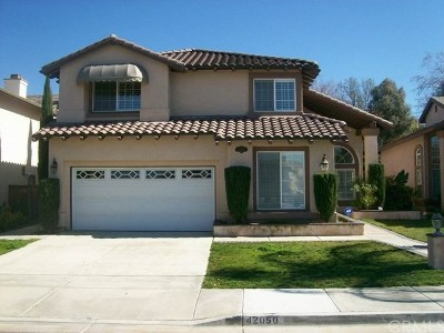 Temecula Single Family Home For Sale: 42060 Dahlia Way