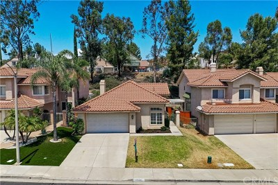 Murrieta Single Family Home For Sale: 23832 Castinette Way