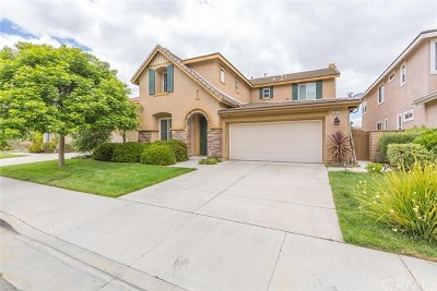 Murrieta Single Family Home For Sale: 22813 Montanya Place