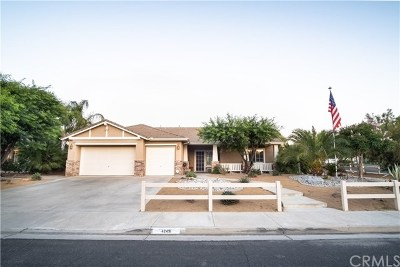 Murrieta Single Family Home Active Under Contract: 42491 Dusty Trail