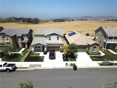 Canyon Lake, Lake Elsinore, Menifee, Murrieta, Temecula, Wildomar, Winchester Rental For Rent: 37749 Fiesta Flower Street