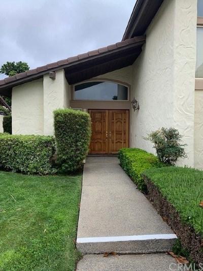 Murrieta Condo/Townhouse For Sale: 38285 Oaktree
