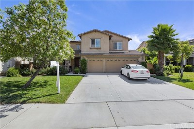 Wildomar Single Family Home For Sale: 21612 Coral Rock Lane
