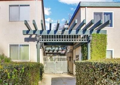 Granada Hills Condo/Townhouse For Sale: 10636 Woodley Avenue #66
