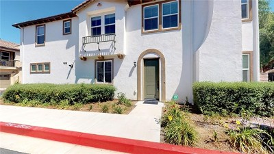 Temecula Condo/Townhouse For Sale: 43058 Calle Cristal