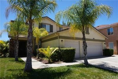 Wildomar Single Family Home For Sale: 24339 Verona Court