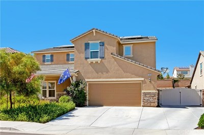 Menifee Single Family Home For Sale: 26448 Milena Drive
