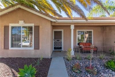 Temecula Single Family Home For Sale: 33194 Via Alvaro