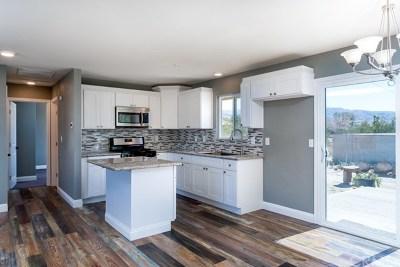 Desert Hot Springs Single Family Home Active Under Contract: 16200 Via Vista