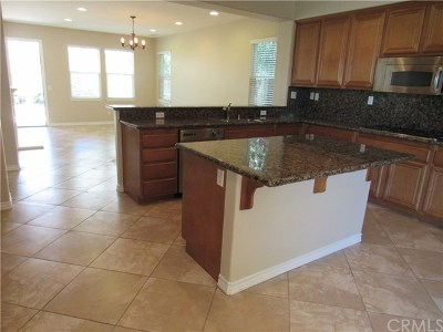 Murrieta Single Family Home For Sale: 27123 Coral Bells Way