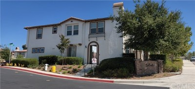 Temecula Condo/Townhouse For Sale: 28007 Calle Lumina
