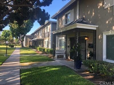 Costa Mesa Condo/Townhouse For Sale: 3175 College Avenue