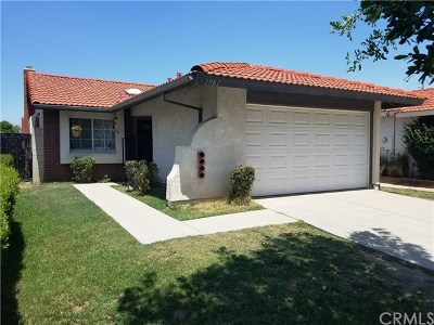 Colton Single Family Home For Sale: 1961 Overland Street