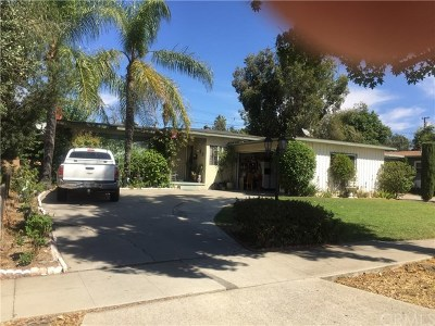 Pomona Single Family Home For Sale: 897 James Place